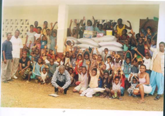 11.-Food-JHB-HF-donated-to-Orphanage-Children-are-grateful