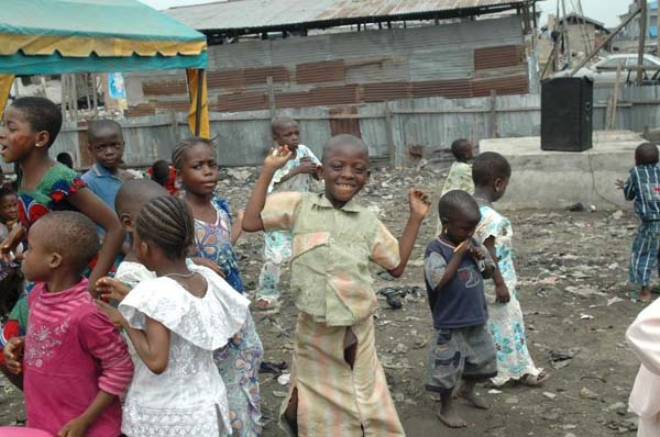 AJEGUNLELAGOS-_-Children-having-a-party-in-a-refuse-dump